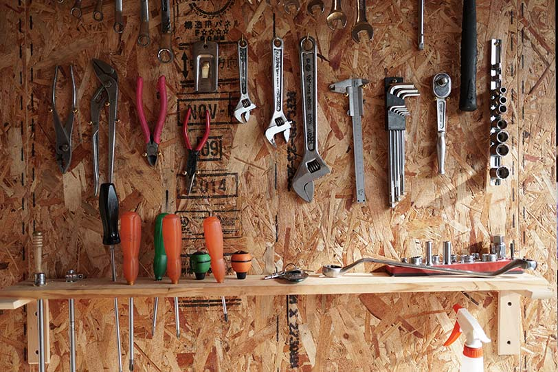 自らDIYして使いやすく工具をレイアウト